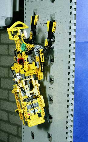 Lego Robotics Invention System (4)