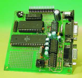 89S8252 Flash Microcontroller Board