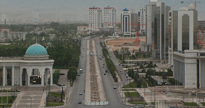 Turkmenistan Under Pressure to Adapt to New Market Reality