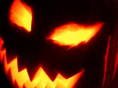 Build a Screemin' Halloween Pumpkin